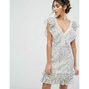 Endless Rose Lace Ruffle V-Neck Contrast Dress XS